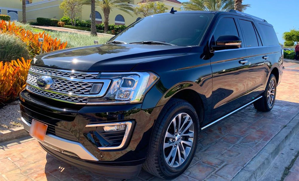 ford-expedition-limited-exotic-car-rental-aruba